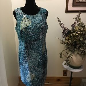 Dress connected Apparel